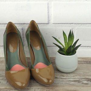 Aldo sz 6 green tan patent leather stiletto heels